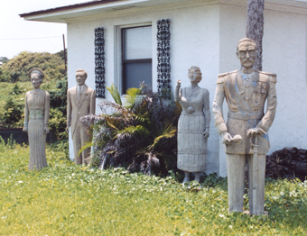 Backyard Statues weird florida